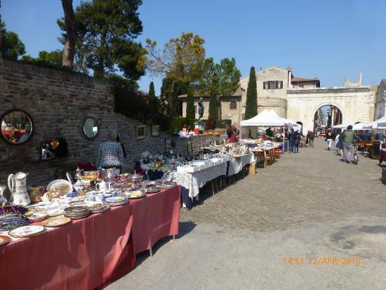 Pasqualon: mercatino antiquariato a Fano