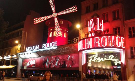 moulin rouge during the day picture of moulin rouge paris tripadvisor. Black Bedroom Furniture Sets. Home Design Ideas