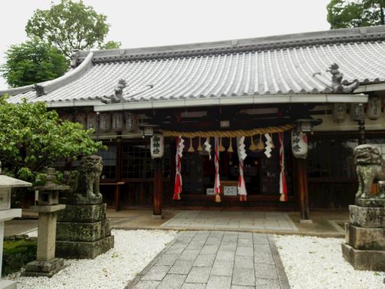 Katano Shrine: 片埜神社の本堂