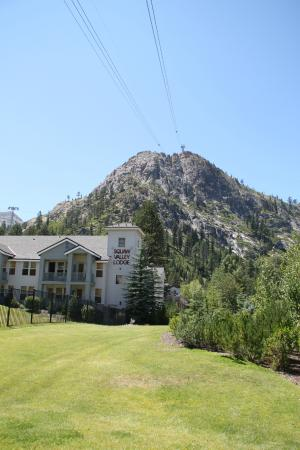 Squaw Valley Lodge : Great View of the Lodge