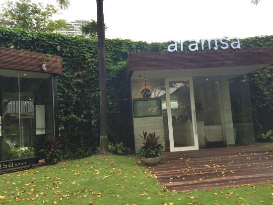 Aramsa ~ The Garden Spa: 入り口