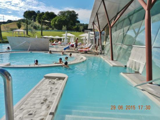Piscine photo de piscine termali theia chianciano terme - Piscine theia chianciano ...