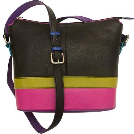 Pittsfield, MA: great selection of women's leather handbags, wallets and accessories
