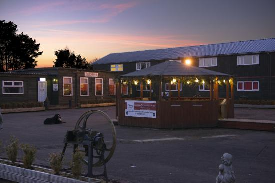 The Stables Bistro: night time