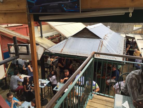 Hemingway's Restaurant: photo0.jpg