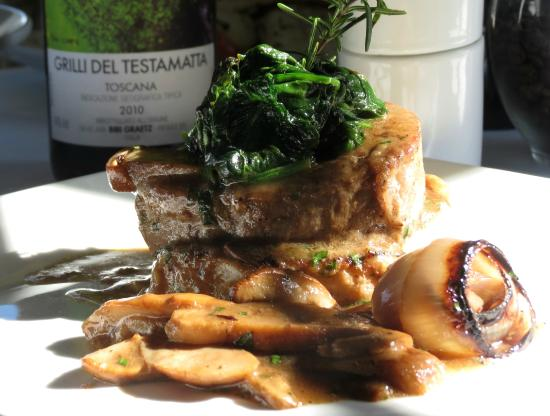 Tucker's Town, เบอร์มิวดา: Beef Tenderloin