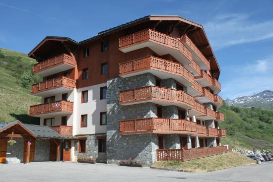 Residence LVH Vacances Les Chalets De L'Adonis: Bat A