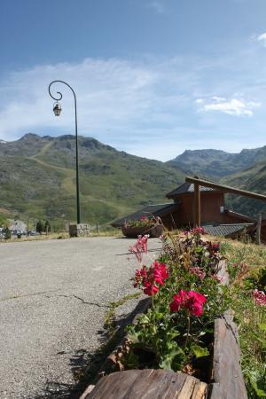 Residence LVH Vacances Les Chalets De L'Adonis: Vue