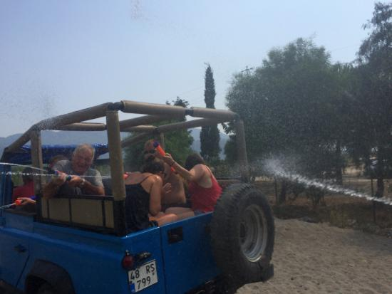 Sarigerme Tours: Thanks again, we all had an amazing day not laughed as much in ages! The drivers were great spor