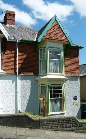 Dylan Thomas Birth Place: 5, Cwmdoncyn Drive