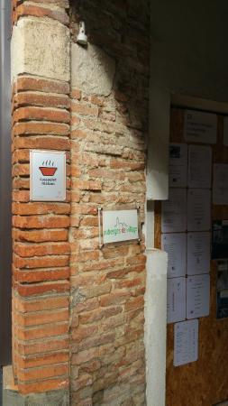 Montesquieu-Volvestre, ฝรั่งเศส: auberge de village sur la route du cassoulet