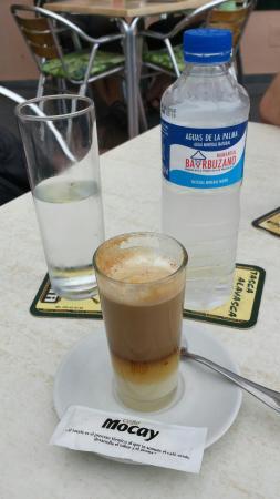 Playa De Los Cancajos, Espagne : Barraquito con Licor - Kaffeespezialität, sehr lecker