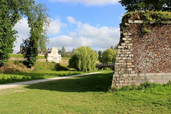 La porte arri r picture of the citadel lille tripadvisor for Things to do in la porte