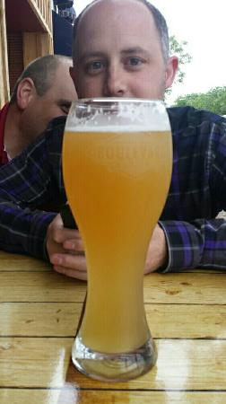 แมดิสัน, เซาท์ดาโคตา: Anyone want a patio beer?