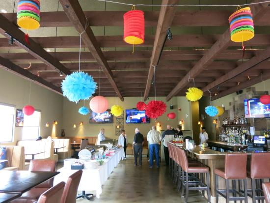 Three Hills, Canadá: Bell puts on great events, like their Taco Buffet they set up for Cinco de Mayo.