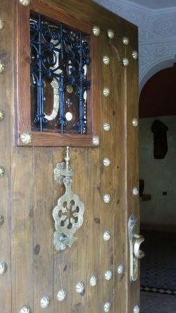 Dar Rio Oro : Дверь