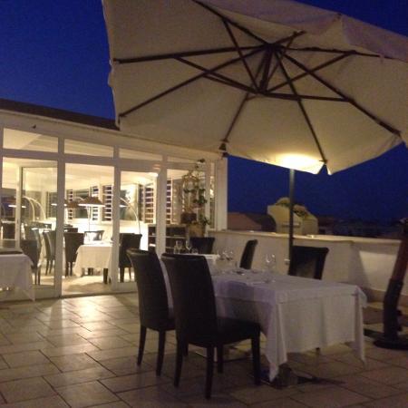 La terrazza dove abbiamo mangiato - Foto di RISTORANTE PALAZZO ...