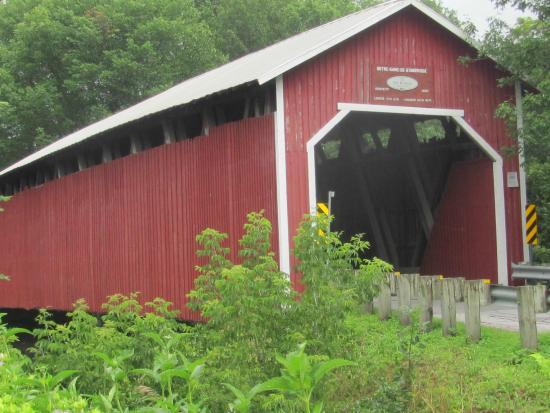 Pont couvert des Rivières