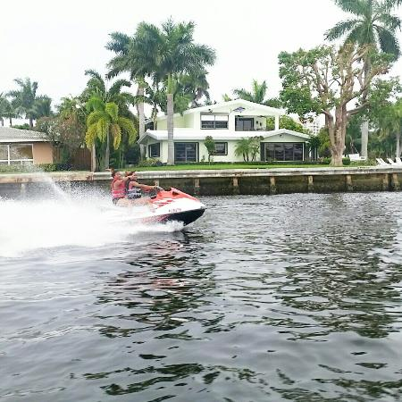 KC Jet Ski and Watersports Rental