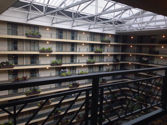 Embassy Suites Hotel Minneapolis Airport