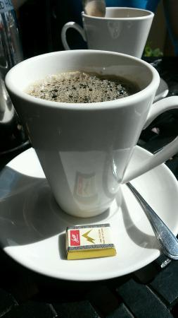 Tip & Sip Cafe