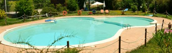 Villa Palombara Country House: la piscina