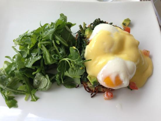 The Vanilla Pod Restaurant: Eggs Benedict