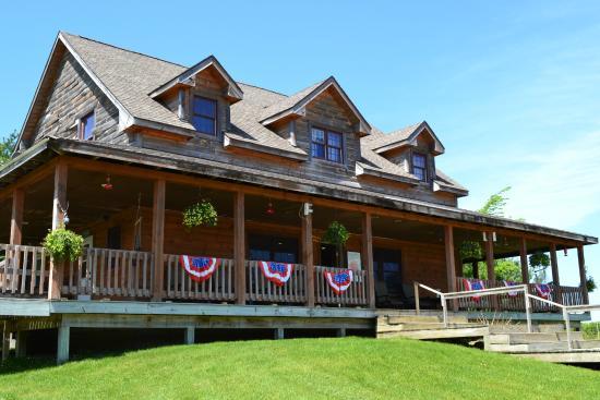 Whispering Pines RV Resort & Campground