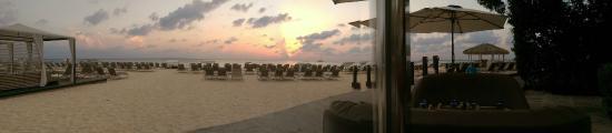 The Ritz-Carlton, Grand Cayman: Sunset