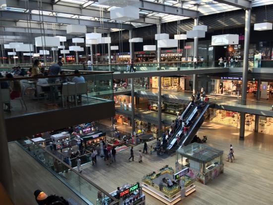 Pelican Mall Alisveris Merkezi ve Yasam Merkezi
