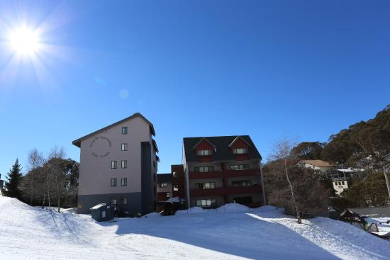 Snow Ski Apartments