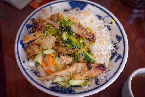 Viet Ai Vietnamese Restaurant : Authentic Vietnamese Restaurant. Must try the chicken grill or beef grill with rice and Pho Soup