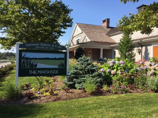 Marshside Restaurant : outside at Marshside