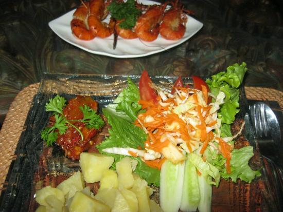 Amed Scuba Tauchzentrum : se me hace agua la boca con cenas como ésta!!