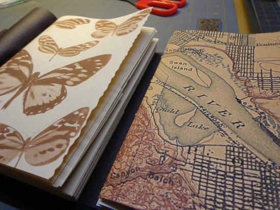 Art on Oak : Hand made art journals by Karen Saro