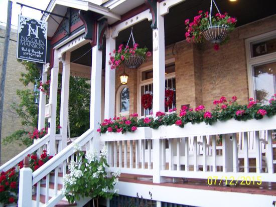Nicolin Mansion Bed & Breakfast: Street view