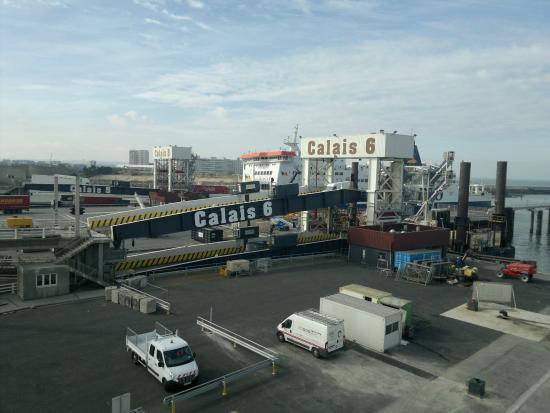 Calais Ferry Car Rental