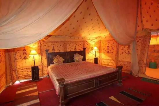 Hostel 1st choice Swiss tent in desert & Swiss tent in desert - Picture of Hostel 1st choice Jaisalmer ...