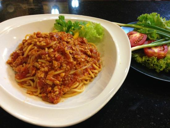 Ruen Thai, Patong: Bolognese