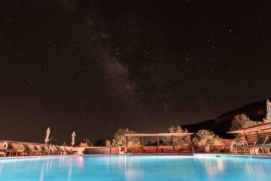 Enchantment Resort: Milky way by the pool.