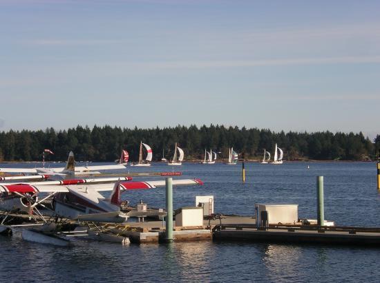 Nanaimo, Canada: Floatplane bound for Vancouver