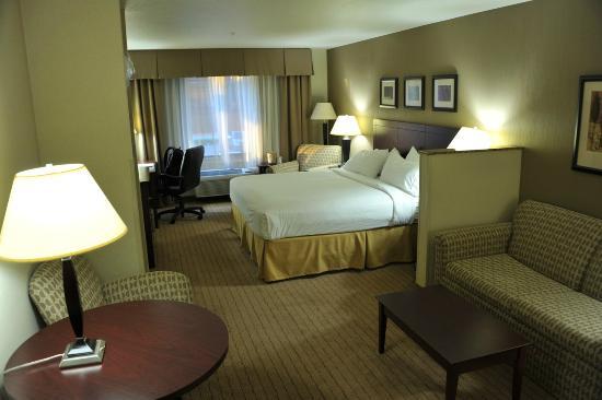 溫哥華購物中心智選假日套房飯店張圖片