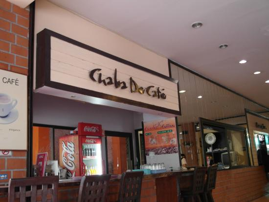 Cha-Ba Chalet Hotel: FRONT DESK AND RECEPTION
