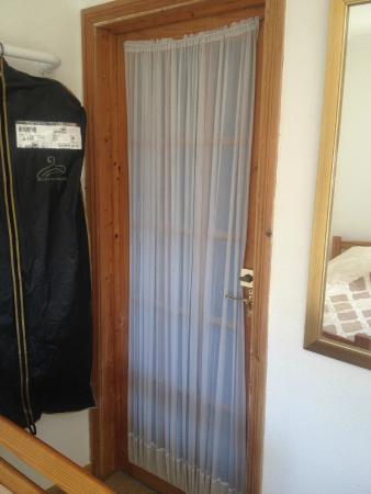 Minster Bed and Breakfast : Bedroom door