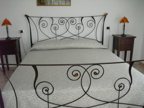 Bed & Breakfast Oliena