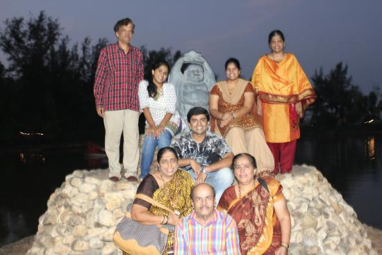 the happywala family picture of go green homestay karwar