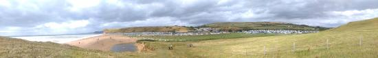 Burton Bradstock, UK: Panoramic photo of the campsite