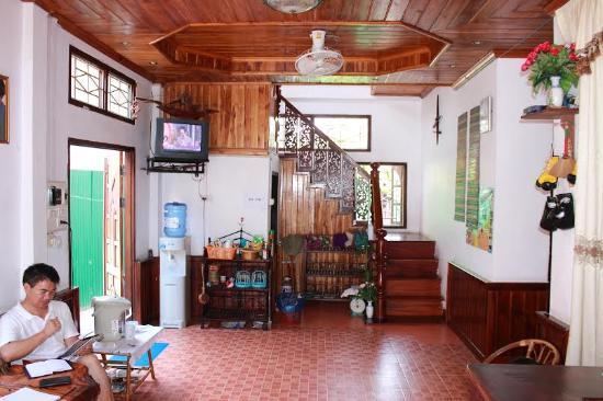 Phanthasone Guest House