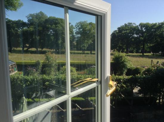Llanwern, UK: Room view