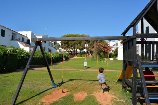Sol Isla Apartamentos: Vue sur le parc